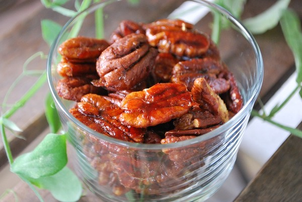 Kanelkanderade pecannötter