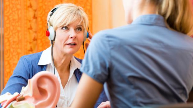 Bättre och billigare med hörseltest